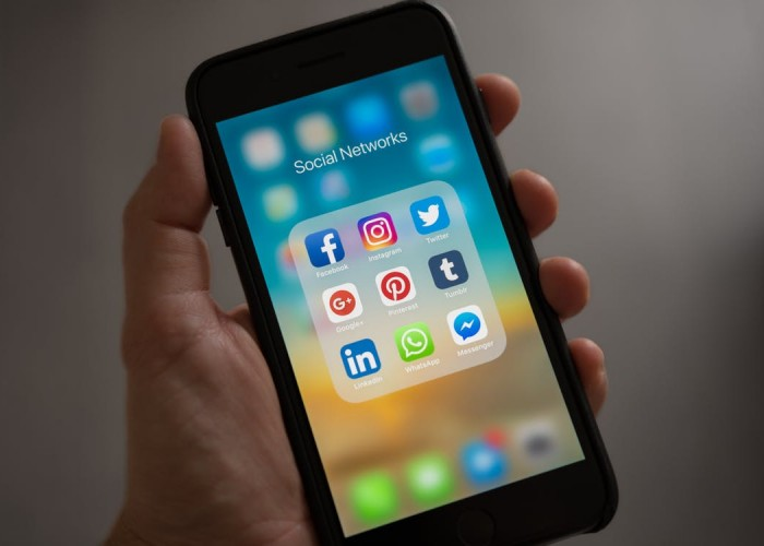 NY Times: How to Use Social Media in Your Career